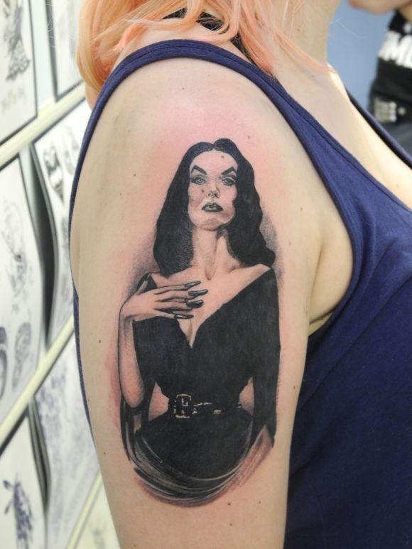 Vampira Tattoo 301 Moved Permanently
